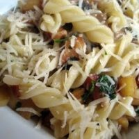 Pasta with cheese and parsnips.