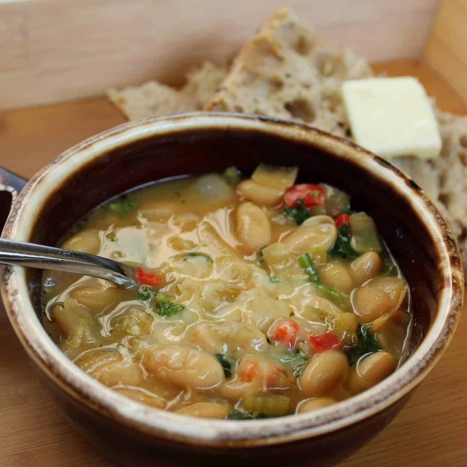 Emeril's One Pot Cooking Party: Tuscan White Bean Soup with Broccoli ...