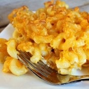 mac-and-cheese-on-fork