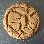 Close up image of the best gingersnaps