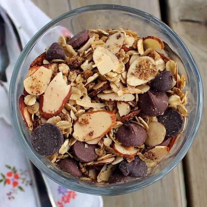 image of mocha granola, close-up