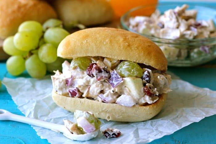 Greek-Yogurt-Chicken-Salad-Sandwic