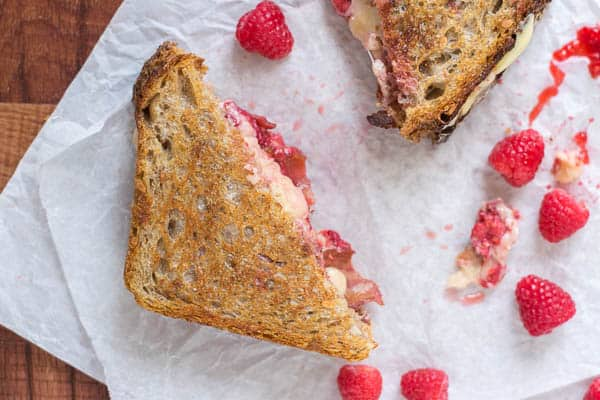 Raspberry Chipotle Grilled Cheese from TheLawStudentsWife.com