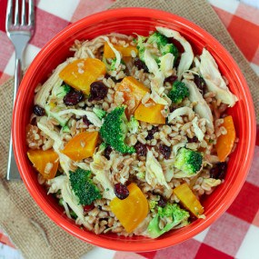 Farro salad with Chicken, Beets, and Broccoli - Healthy and hearty ...