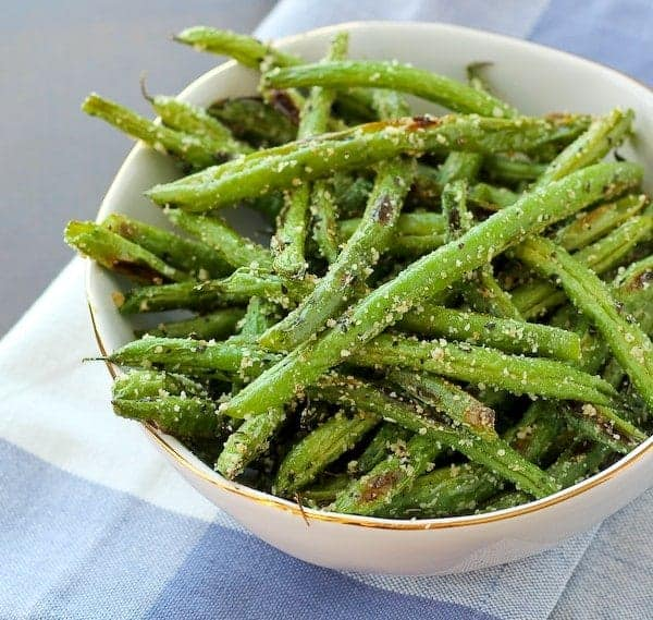 Roasted Green Beans with Parmesan and Basil - Get the easy and ...