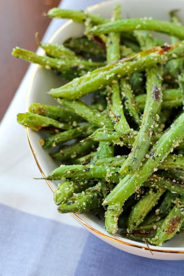 Roasted Green Beans with Parmesan and Basil | Appetizing Side Dishes For Chicken You'll Love | Homemade Recipes