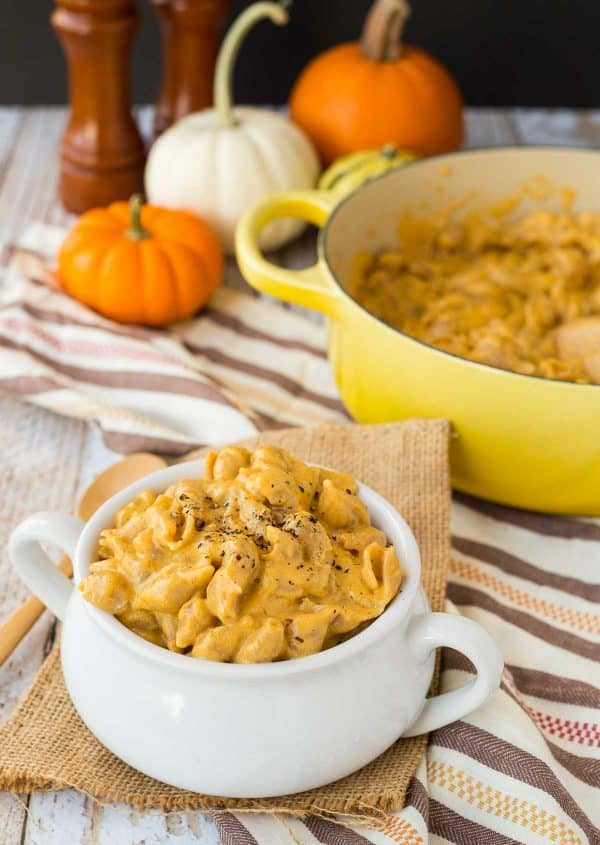 One Pan Pumpkin Macaroni and Cheese with Beer | Thanksgiving Pasta Recipes | Homemade Recipes