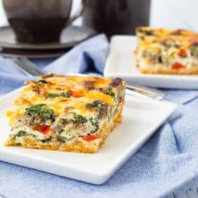 This egg white casserole with sweet potato crust is the perfect make-ahead breakfast! Packed with protein and vegetables, it will keep you full all morning long! Get the recipe on RachelCooks.com!