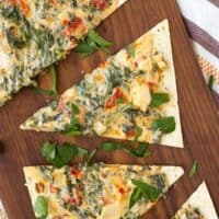 Kale Flatbread with Parmesan and Sundried Tomatoes