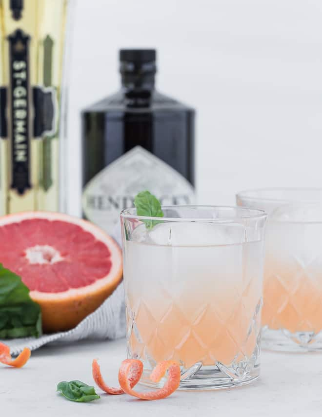 Image of a gin and elderflower cocktail with grapefruit.